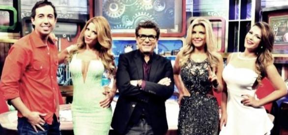 RedeTV! tira do ar o Muito Show e o Bola Dividida