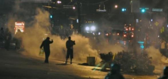 Revolte în America. Sursa Imaginii wikipedia