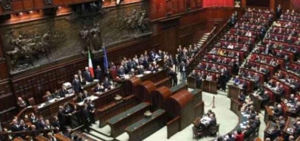Voto favorevole al primo articolo dell'Italicum