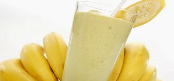 Banane sunt recomandate in curele de slabire
