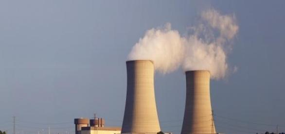 Central que funciona con combustible nuclear