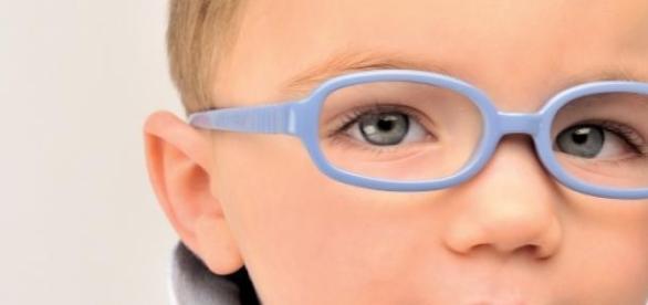 Copil cu ochelari, viitor copil sanatos