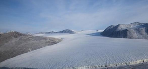 Descoperire in subteranul Antarcticii