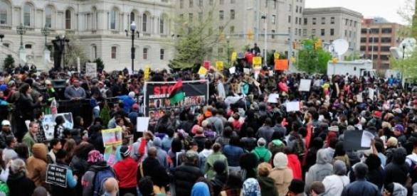 Manifestación por la tarde en Baltimore