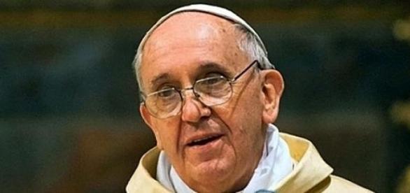 El Papa Francisco encabezó el Vía Crucis