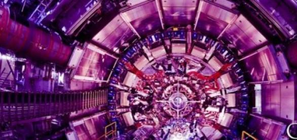 Fabulosul accelerator de particule (foto:CERN)