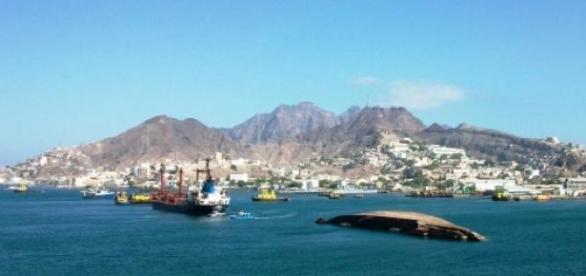 La ville d'Aden est frappée par les combats.