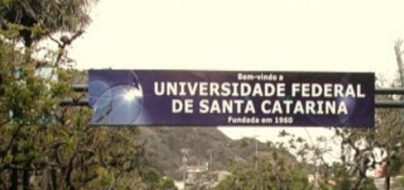 UFSC está a procura de novos professores