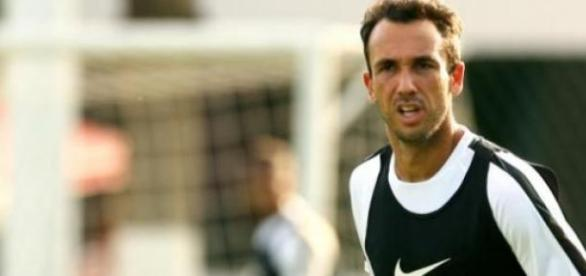 Thiago Ribeiro chega ao Atlético por empréstimo