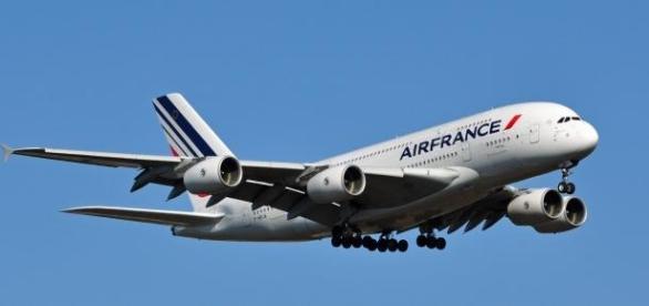 Controladores de voo entram em greve