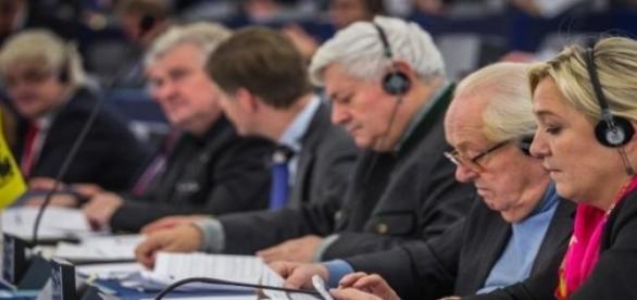 Jean-Marie y Marine Le Pen juntos, otros tiempos