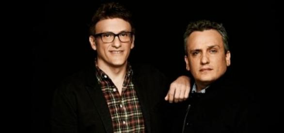 Les Frères Russo, réalisateurs d'Avengers 3 et 4.