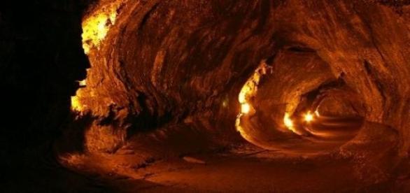 Tunelurile de lava de pe Luna