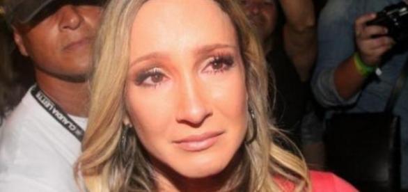 Empresário e Claudia Leitte rompem contrato