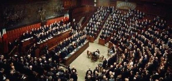 Parlamento italiano diviso sulle parole di Salvini