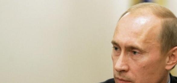 Vladimir Putin prototipul  mesianicului extrem