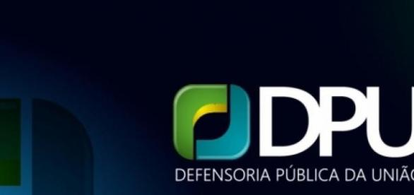 DPU retifica edital de concurso para 2015.