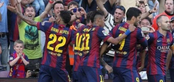 Barcelona vence e está perto do título espanhol