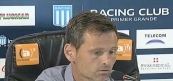 Cocca piensa en el partido contra Wanderers