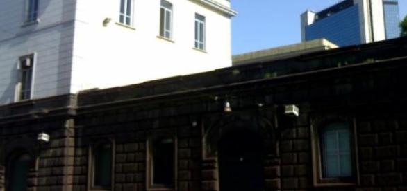 Il carcere di Poggioreale a Napoli