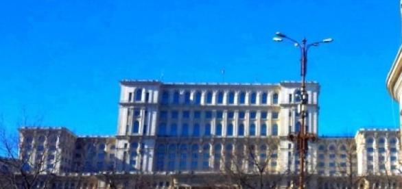 Palatul Parlamentului, vedere de pe Bd. Unirii