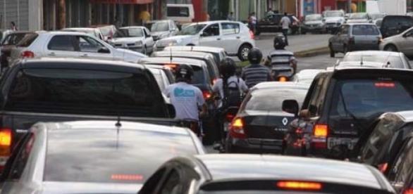 Os Acidentes de trânsito acontecem  todo instante.