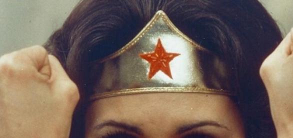 """""""Mujer Maravilla"""", la imagen sexista de 1976."""