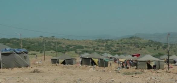 Tendas onde as famílias estão alojadas