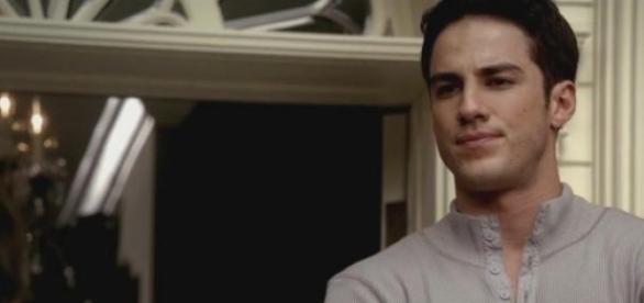 Tyler Lockwood (Michael Trevino) despede-se de TVD