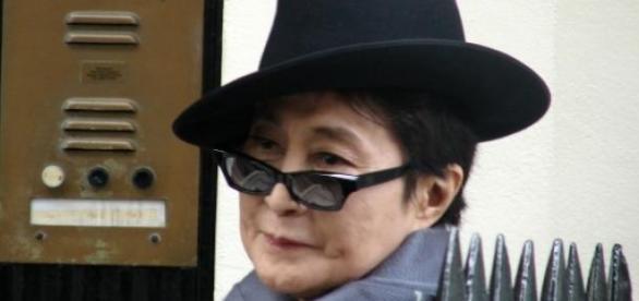 Yoko Ono no tuvo un affaire con Hillary Clinton