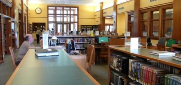 Biblioteka - lic. CC BY 2.0