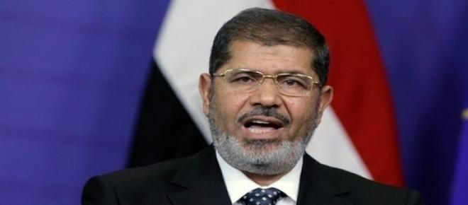 In timpul unui mandat de un an, primul presedinte egiptean ales prin vot si-a atras dizgratia poporului