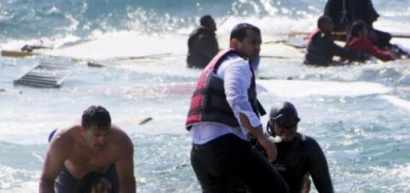 Naufrágio de imigrantes ilegais - Rodes na Grécia