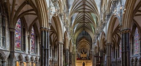 Interiorul Catedralei Lincoln din Marea Britanie