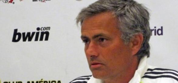 José Mourinho en una rueda de prensa
