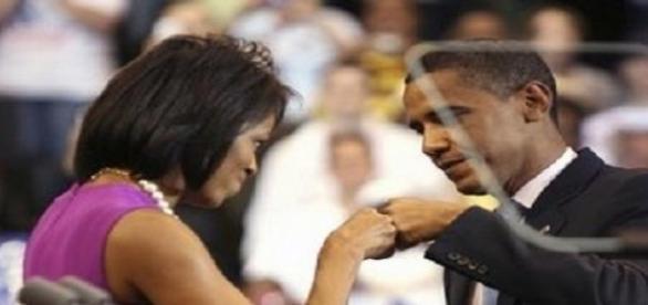 Presidente Barack Husseim Obama y su esposa