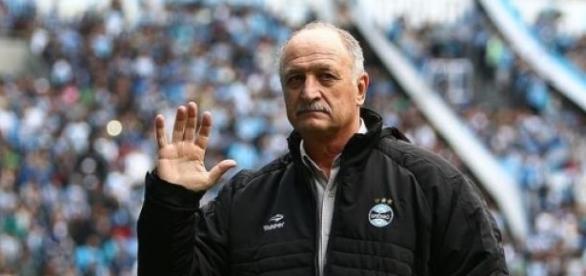 Treinador havia chegado no clube em julho de 2014