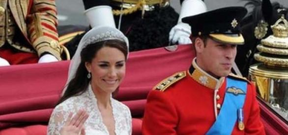A filha de Kate e William nasceu com 3,71g.