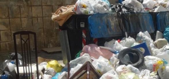 Siracusa sporca secondo il Sindaco Garozzo