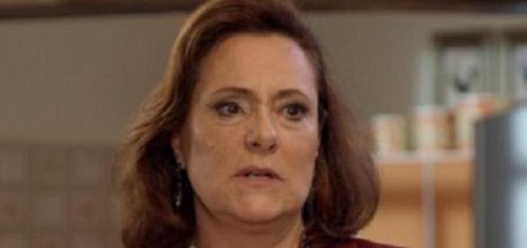 Tina é a mãe verdadeira de Laura