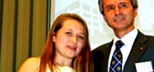 Daniela Viţelaru alături de ambasadorul Ion Jinga