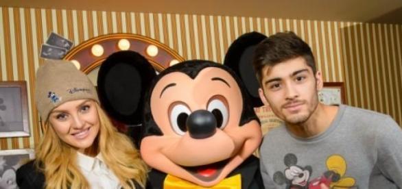 Perrie e Zayn vão casar na Disneyland