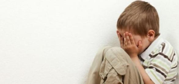 El abuso infantil es un delito grave