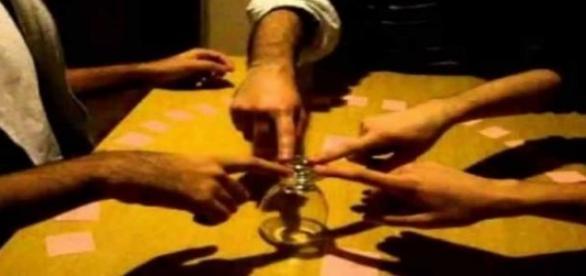El juego de la copa se practica 4 o mas personas