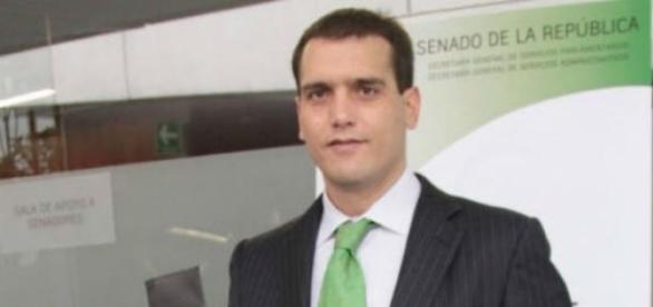 Es un polémico personaje de la política mexicana