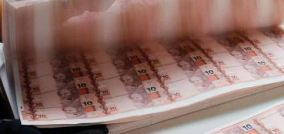 Governo anuncia corte de despesas