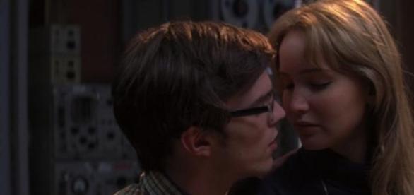 Jennifer Lawrence e Nicholas Hoult em X-Men