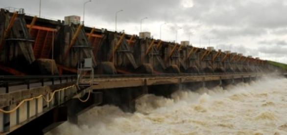 La represa de Yacyreta, provincia de Misiones