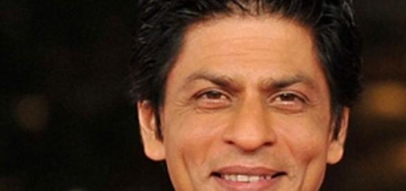 Shahrukh's knee undergoes one more surgery