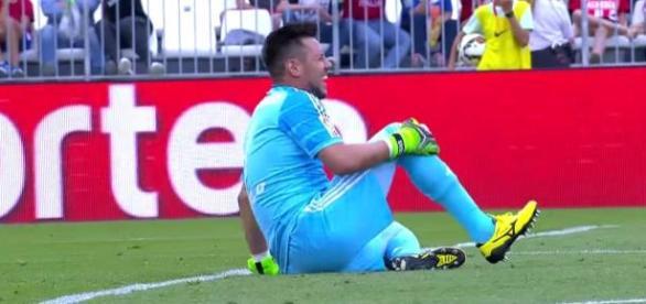 Diego Alves lesión, partido Almería-Valencia